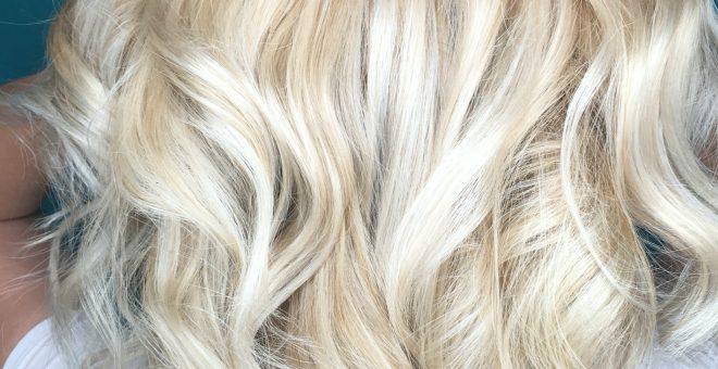 slingor-blont-hår-lyster-vårdande-olaplex